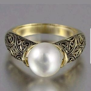 New Antique style white pearl 925 silver ring